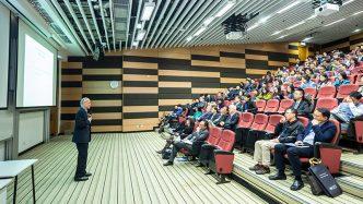 говорене пред публика